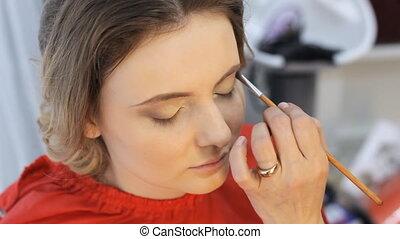 makeup, backstage, powder - Backstage, visagiste at work...