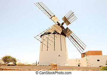 Classic Vintage Windmill Building - Photo Picture of a...