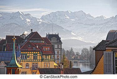 panorama, di, Case, in, Thun, e, il, alpi, e, Thunersee,