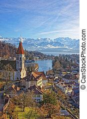 panorama, di, Thun, Città, e, chiesa, con, alpi, e,...