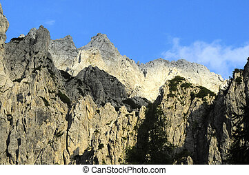 PEAKS OF THE MOUNTAINS - VIEW OF THE PEAKS OF THE MOUNTAINS...