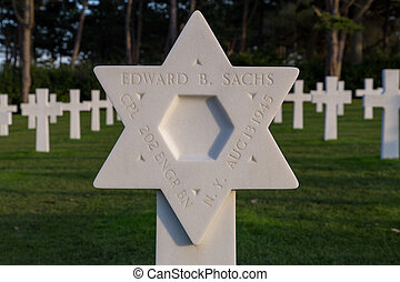 Normandy American Cemetery Colleville - American cemetery in...