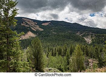 1925 Landslide - Scars from the 1925 landslide still remain...