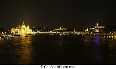"""Chain Bridge view at night, budapest, hungary, timelapse"""