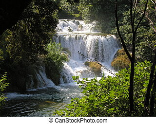 Plitvice lakes and waterfall in Croatia - Parc National de...