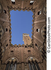 Torre del Mangia Piazza del Campo in Siena, Italy - Torre...