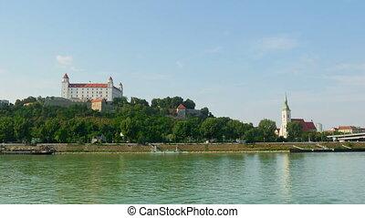 quot;bratislava castle view, slovakia, timelapse, 4kquot; -...