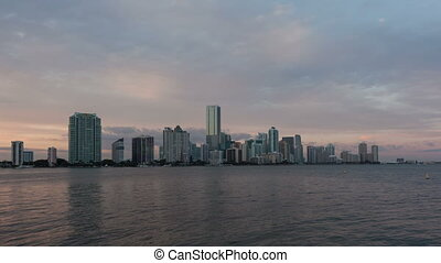 4K Time lapse Miami Skyline zoom in - 4K zoom in Timelapse...