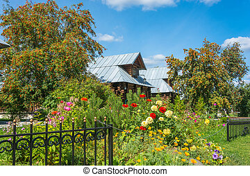The guest house at Pokrovsky women's monastery. - The guest...