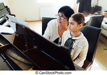 piano lessons at music school - piano lessons at a music...