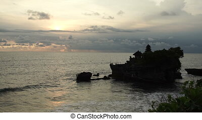 Beautiful ocean under coudy sunset sky time-lapes -...