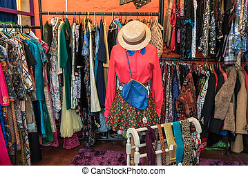 Retro Clothes Shop - Vintage 1960's and 1970's clothes for...