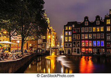 Night city view of Amsterdam canal, shine on canal - Night...