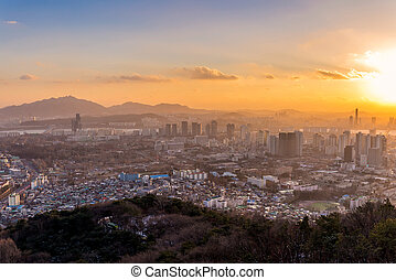 scenery sunset of the city in Seoul, South Korea