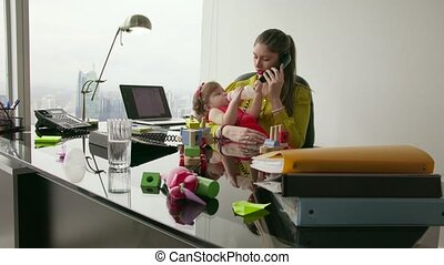 6 Manager Mother With Little Daughter Answering Work Call -...