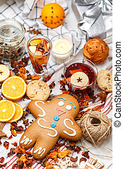 gingerbread with fruit tea
