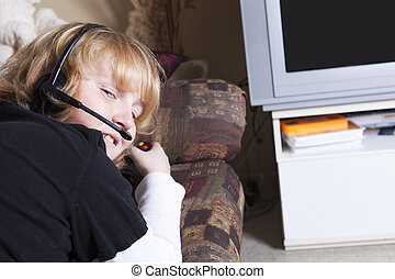 teen with video game addiction problem - A teen with video...