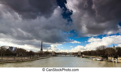 Seine Eiffel timelapse - Beautiful Full HD timelapse of the...