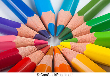 Pencils arrange in color wheel