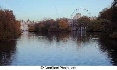 Lake in St. James Park, London - View of the lake in St....
