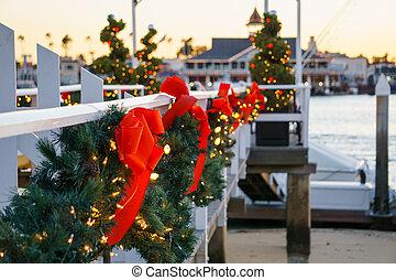 Balboa Island Boat Dock Christmas - Christmas boat dock on...