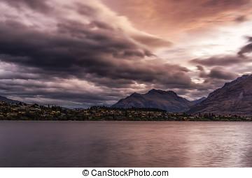 storm over lake wakatipu