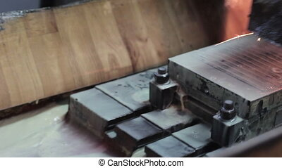 metalworking industry: finishing metal working with flying...