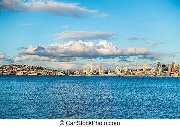 Sunny Seattle Skyline
