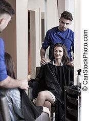 Girl at the hairdresser's