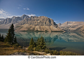 Bow Lake - Banff National Park - Alberta - Canada