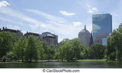 4K Time lapse Boston Public Garden zoom out - 4K Time lapse...