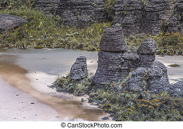 Bizarre ancient rocks of the plateau Roraima tepui -...