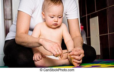 mãe, e, bebê, -, corte, pregos,