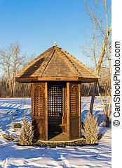 Golf course alcove in winter - Wooden alcove in winter...