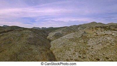 4K, Luftaufnahmen, flug, aus, steinig, Felder, und, wohnung,...