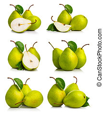 Set of ripe green pear fruits with leaves