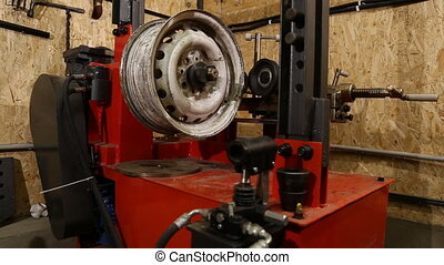 tire fitting station equipment
