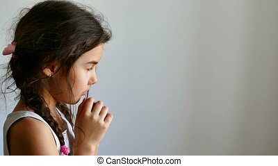 girl teen praying prayer church belief in god