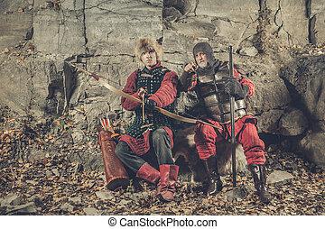 antigas, cavaleiro, com, a, espada, e, seu, squire,
