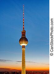 tv, híres,  berlin, bástya