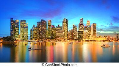 Singapore Skyline and view of Marina Bay - Singapore Skyline...