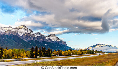 Mount Rundle in Banff National Park - Mount Rundle along the...