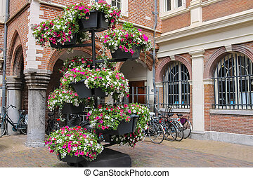 Decorative floral composition in the historic centre of...