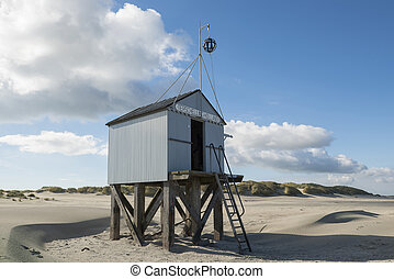 Beach hut - Famous authentic wooden beach hut, for shelter,...