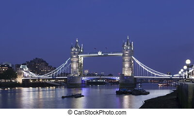 4K Time lapse zoom out Tower Bridge London twilight - 4K...