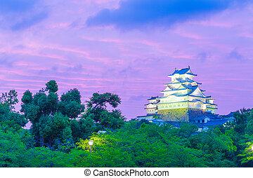 Himeji Jo Castle Sunset Purple Sky Trees Near - Himeji-jo...