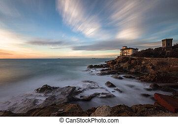 Boccale castle and rocky coast - The Romito's rocky coast in...