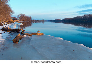 Mississippi River and Icy Banks - mississippi river and icy...