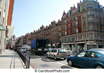 72 Brampton rd, London - Heavy traffic at shiny day in...