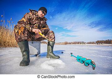 pescador, ligado, Um, lago, em, winter, ,